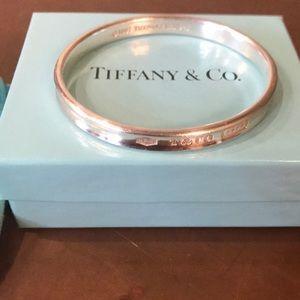 Authentic T & Co.1837 Silver Bangle bracelet